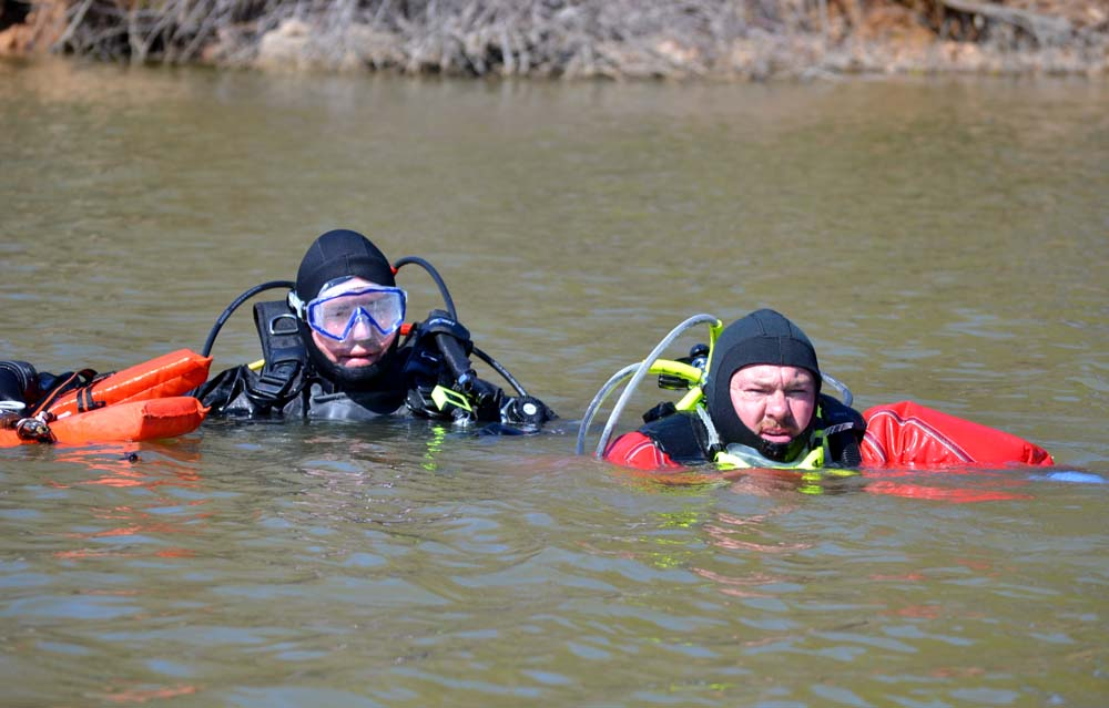 dive-team-exercise-187